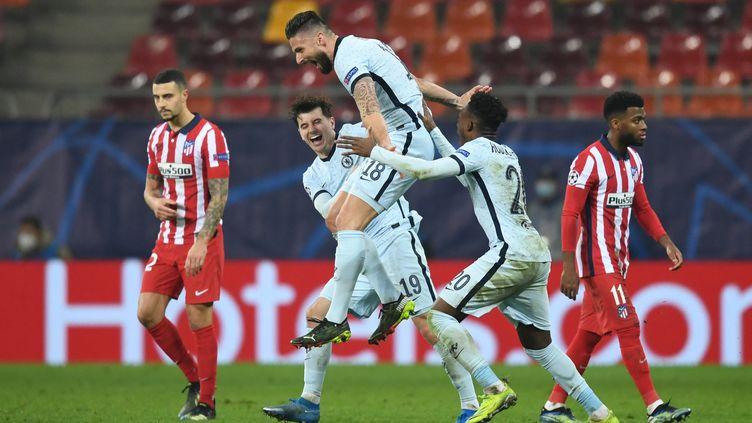 Olivier Giroud exulte après son but décisif pour Chelsea le 23 février 2021. (DANIEL MIHAILESCU / AFP)