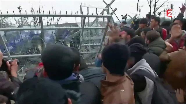 Migrants : une situation de plus en plus tendue en Grèce