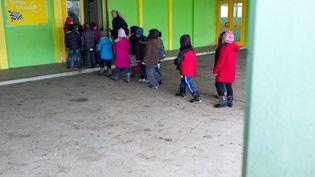 Dans le groupe scolaire Brossolette, le 15 février 2013 à Mulhouse (Haut-Rhin). (SEBASTIEN BOZON / AFP)
