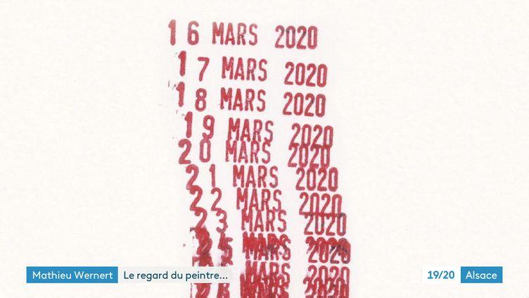 Détail de la création de Mathieu Wernet, qui symbolisa le confinement avec des dates tamponnées (France 3 Alsace)