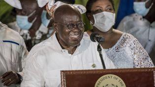 Nana Akufo-Addos'exprime après avoir été déclaré présidentdu Ghana par la commission électorale à Accra, la capitale ghanéenne, le 9 décembre 2020. (CRISTINA ALDEHUELA / AFP)