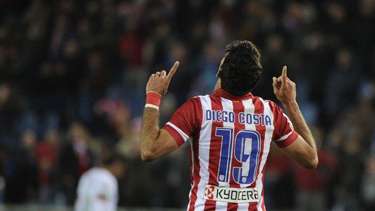Diego Costa passe de l'Atletico Madrid à Chelsea. (PEDRO ARMESTRE / AFP)