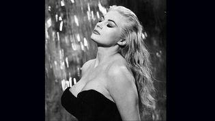 """Anita Ekberg dans """"La Dolce Vita"""" de Federico Fellini (1960)  (Pathé Distribution)"""