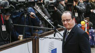 François Hollande lors de son arrivée au sommet européen de Bruxelles (Belgique), vendredi 19 février 2016. (THIERRY ROGE / BELGA MAG / AFP)