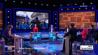 Les six candidats aux élections régionales sur le plateau de France 3 Paris Ile-de-France, le 9 juin 2021. (FRANCE 3 PARIS ILE-DE-FRANCE)