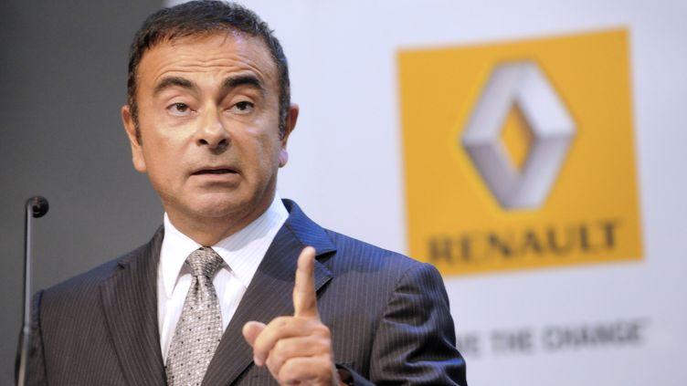 Le PDG de Renault, Carlos Ghosn, le 12 septembre 2011, à l'usine de Maubeuge (Nord). (FRANCOIS LO PRESTI / AFP)