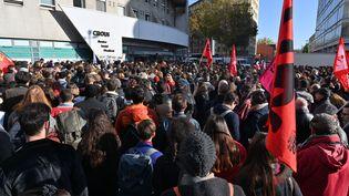 Manifestation étudiante à Lyon le 12 novembre 2019 pour dénoncer les situations de précarité de nombreux étudiants. (PHILIPPE DESMAZES / AFP)