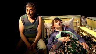 """La pièce de Nasser Djemaï """"Invisibles"""" rend hommage aux vieux maghrébins immigrés en France.  (France3 / Culturebox)"""