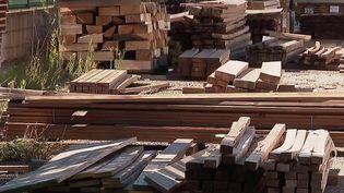 Construction : une pénurie de bois inédite inquiète les artisans (France 2)