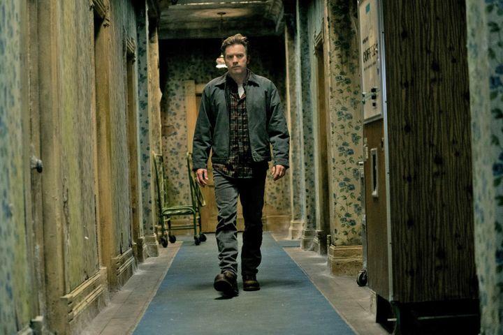 "Ewan McGregor dans ""Stephen King's Doctor Sleep"" deMike Flanagan. (Copyright 2019 WARNER BROS. ENTERTAINMENT INC.)"