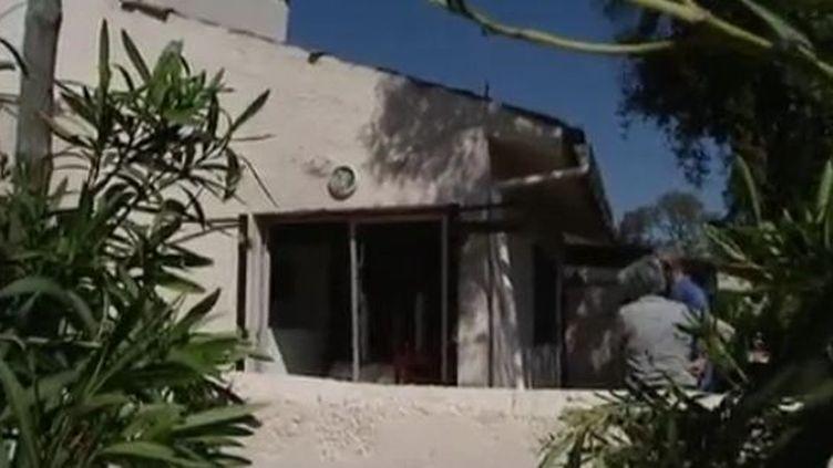 L'une des résidences visées par une série d'attentat en Corse dans la nuit du jeudi 10 au vendredi 11 mai 2012. (FTVI / FRANCE 3 CORSE)