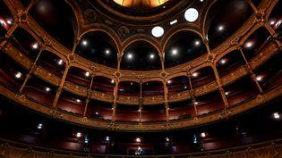 Le théâtre du Châtelet, rénové, est désormais doté d'un club. (LIONEL BONAVENTURE / AFP)