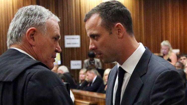 Oscar Pistorius et son avocat Barry Roux