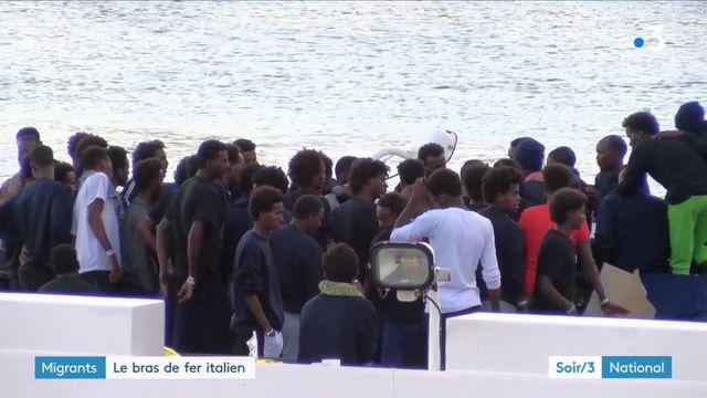 Migrants : le bras de fer italien