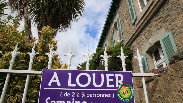 Une location saisonnière à Roscoff (Finistère). (OLIVIER BOITET / MAXPPP)