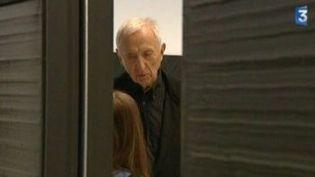 Pierre Soulages fait  toute la lumière sur le noir  au Centre Pompidou  (Culturebox)