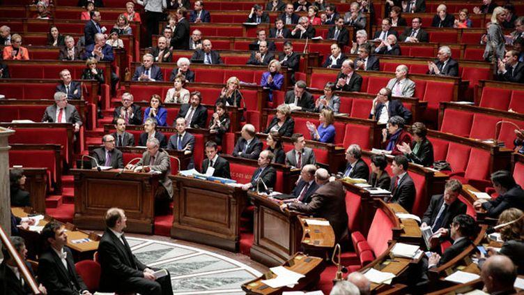 (Les députés lors de l'examen du projet de révision constitutionnelle  © MaxPPP)