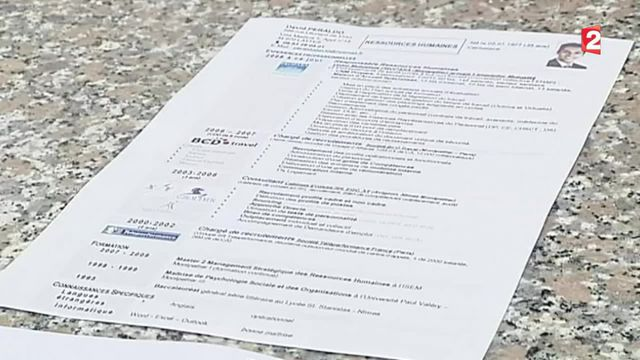 Emploi : le ministère de l'Éducation va mettre en place un site officiel pour détecter les faux diplômes
