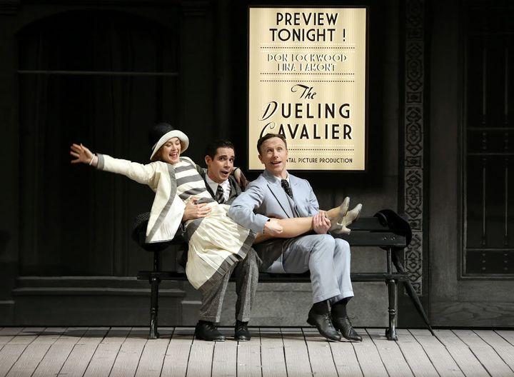 """Clare Halse, Dan Burton et Daniel Crossley dans """"Singin' in the rain""""  (Patrick Berger)"""