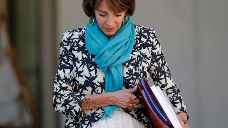 La ministre des Affaires sociales, de la Santé et des Droits des femmes, Marisol Touraine, le 30 septembre 2015, à la sortie du Conseil des ministres à l'Elysée (Paris). (YANN BOHAC / CITIZENSIDE / AFP)
