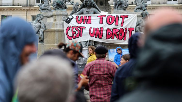 Lors d'un rassemblement contre les expulsions locatives, à Nantes le 4 juillet 2020 (photo d'illustration). (ROMAIN BOULANGER / MAXPPP)