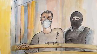 Nezar Mickaël Pastor Alwatik (à gauche), au procès des attentats de janvier 2015, le 9 octobre 2020. (ELISABETH DE POURQUERY / FRANCEINFO)