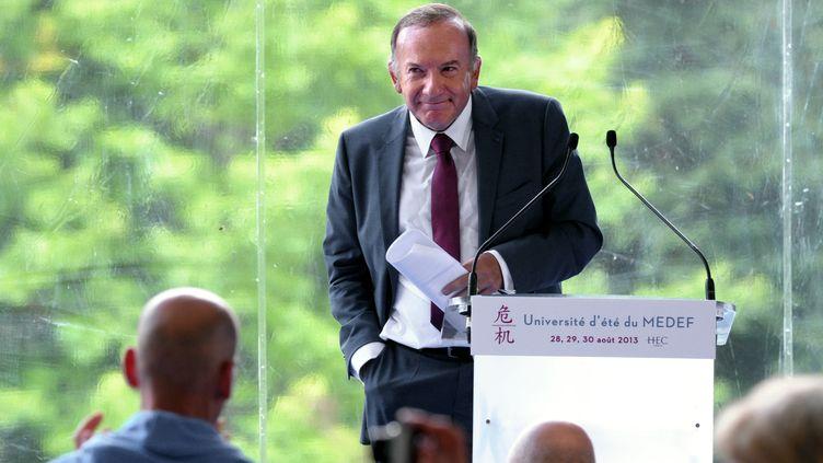 Pierre Gattaz, lors d'un meeting à Jouy-en-Josas (Yvelines), près de Paris, sur le campus de HEC, le 28 août 2013. (ERIC PIERMONT / AFP)