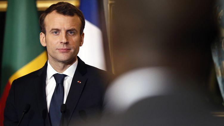 Le président Emmanuel Macron, ici lors d'une conférence conjointe avec le président du Bénin à l'Elysée le 5 mars 2018  (Etienne LAURENT / POOL / AFP)