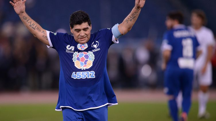 """Diego Maradona, lors d'un """"Match pour la Paix""""  le 12 octobre dernier (FILIPPO MONTEFORTE / AFP)"""