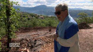 A 80 ans, Jeannine traque les trafiquants de déchets (ENVOYÉ SPÉCIAL  / FRANCE 2)