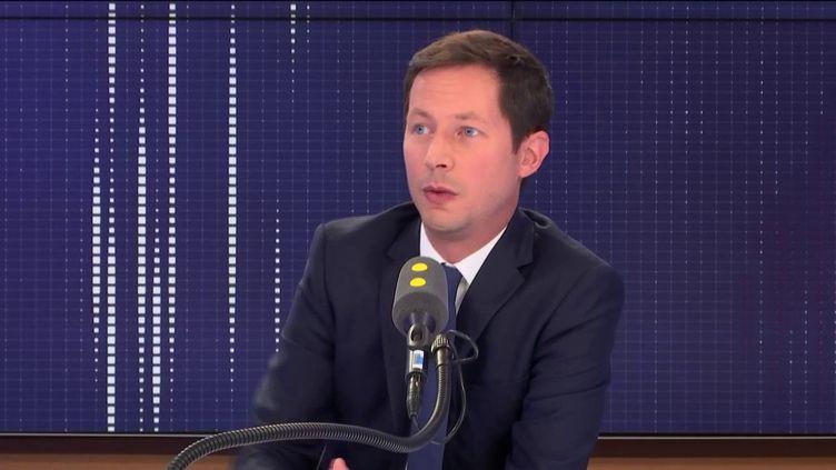 """François-Xavier Bellamy, député européen, invité du """"8.30 franceinfo"""", vendredi 30 août 2019. (FRANCEINFO / RADIOFRANCE)"""