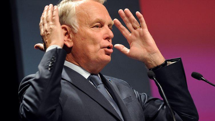 Jean-Marc Ayrault, député PS de Loire-Atlantique, lors d'un meeting de campagne pour les élections européennes, à Rezé (Loire-Atlantique), le 12 mai 2014. (JEAN-SEBASTIEN EVRARD / AFP)