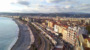 Nice est la ville en région la plus chère de France pour les étudiants. Ils y déboursent en moyenne 1 065 euros par mois, loyer compris. (ALEXANDRE MOTTOT / RADIO FRANCE)