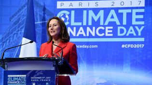 Ségolène Royal s'exprime à l'occasion du Climate Finance Day, à Paris, le 11 décembre 2017.  (ERIC PIERMONT / AFP)