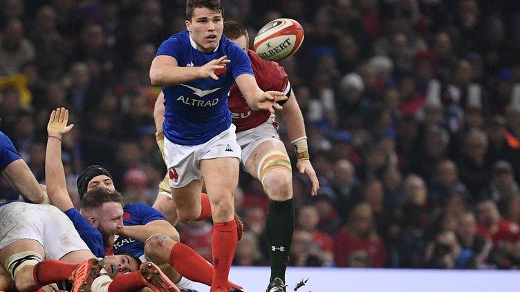 Antoine Dupont était l'un des Bleus les plus en forme lors du tournoi des 6 Nations, ici lors du match contre le pays de Galles le 22 février 2020. (ANNE-CHRISTINE POUJOULAT / AFP)
