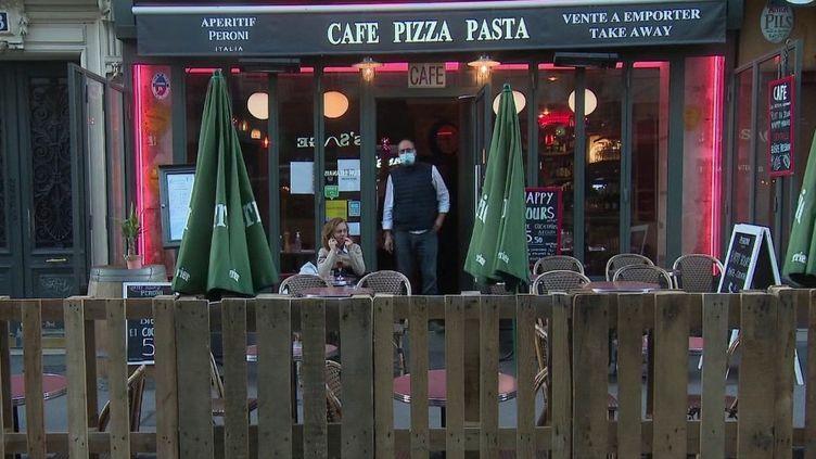 Paris : les terrasses éphémères payantes dès cet été pour les restaurateurs ? (France 3)