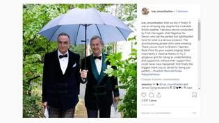 Lord Ivar Mountbatten (à droite) et son épouxJames Coyle lors de leur mariage à Uffculme(Royaume-Uni), le 22 septembre 2018. (IVAR MOUNTBATTEN)