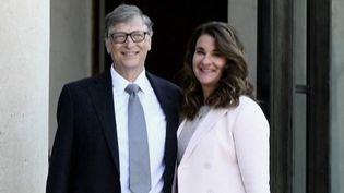 États-Unis : Melinda et Bill Gates mettent fin à leur mariage, mais pas à leur collaboration (FRANCE 2)