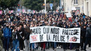 Une manifestation de soutien à Théo à Nantes (Loire-Atlantique), le 11 février 2017. (MAXPPP)