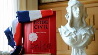 """Mardi 21 janvier 2014, les députés ont adopté un amendement supprimant la notion de gestion """"en bon père de famille"""" du Code civil. (PHILIPPE HUGUEN / AFP)"""