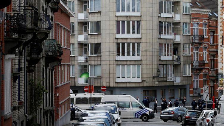 (Des immeubles du quartier de Schaerbeek lors d'une intervention de la police le 19 mai dernier © REUTERS / François Lenoir)
