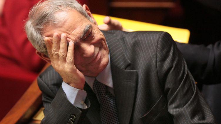 Le député des Landes, Henri Emmanuelli, lors d'une session de questions au gouvernement à l'Assemblée nationale, le 25 mars 2009. (JACQUES DEMARTHON / AFP)