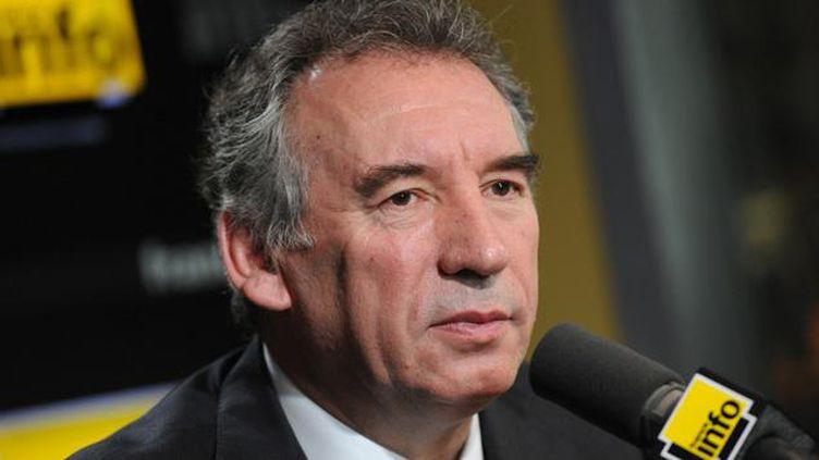 """(François Bayrou dénonce """"un passage en force"""" sur la réforme du collège © Radio France / Nathanaël Charbonnier)"""