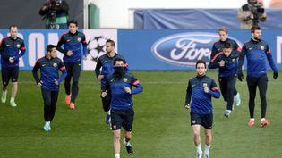 Les joueurs du FC Barcelone à l'entraînement au Parc des Princes le 1er avril 2013, à Paris. (FRANCK FIFE / AFP)