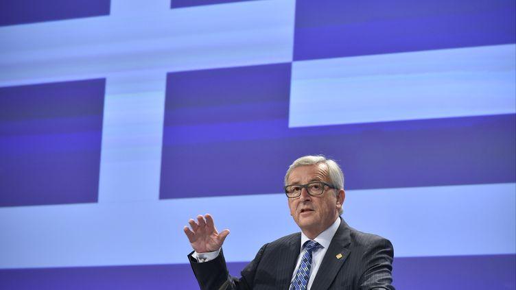 Le président de la Commission européenne, Jean-Claude Juncker, lors d'une conférence de presse sur la crise de la dette grecque, à Bruxelles (Belgique), le 29 juin 2015. (JOHN THYS / AFP)