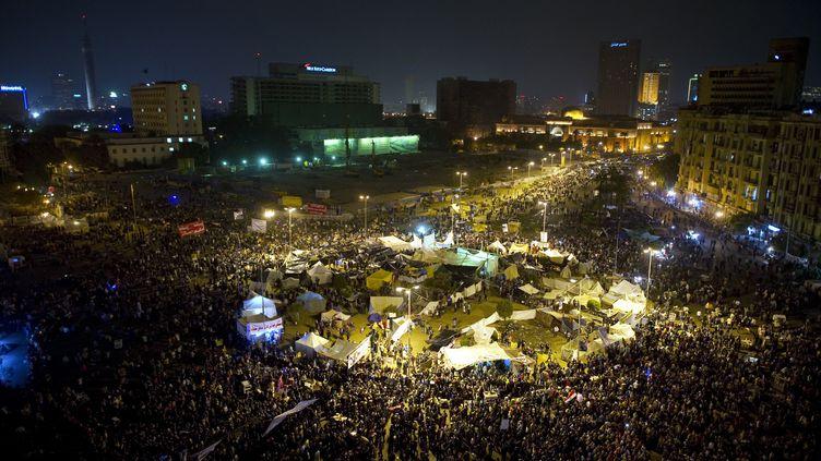 Des milliers de manifestants sont rassemblés place Tahrir au Caire, le 24 novembre 2011. (ODD ANDERSEN / AFP)