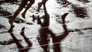 Une épreuve de 3 000m femmes, aux championnats du monde d'athlétisme à Londres, le 9 août 2017. (ANTONIN THUILLIER / AFP)