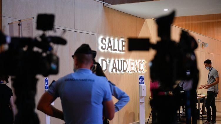 Procès des attentats du 13-Novembre au palais de justice de Paris, mercredi 8 septembre 2021. (FRANCK DUBRAY / MAXPPP)