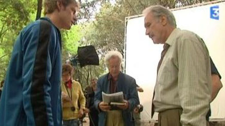 Comment va la douleur : Bernard Lecoq tourne un nouveau téléfilm en Languedoc  (Culturebox)