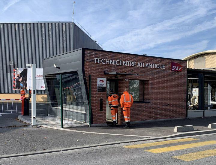 L'entrée du Technicentre SNCF de Châtillon (Hauts-de-Seine), le 28 octobre 2019. (MAXPPP)